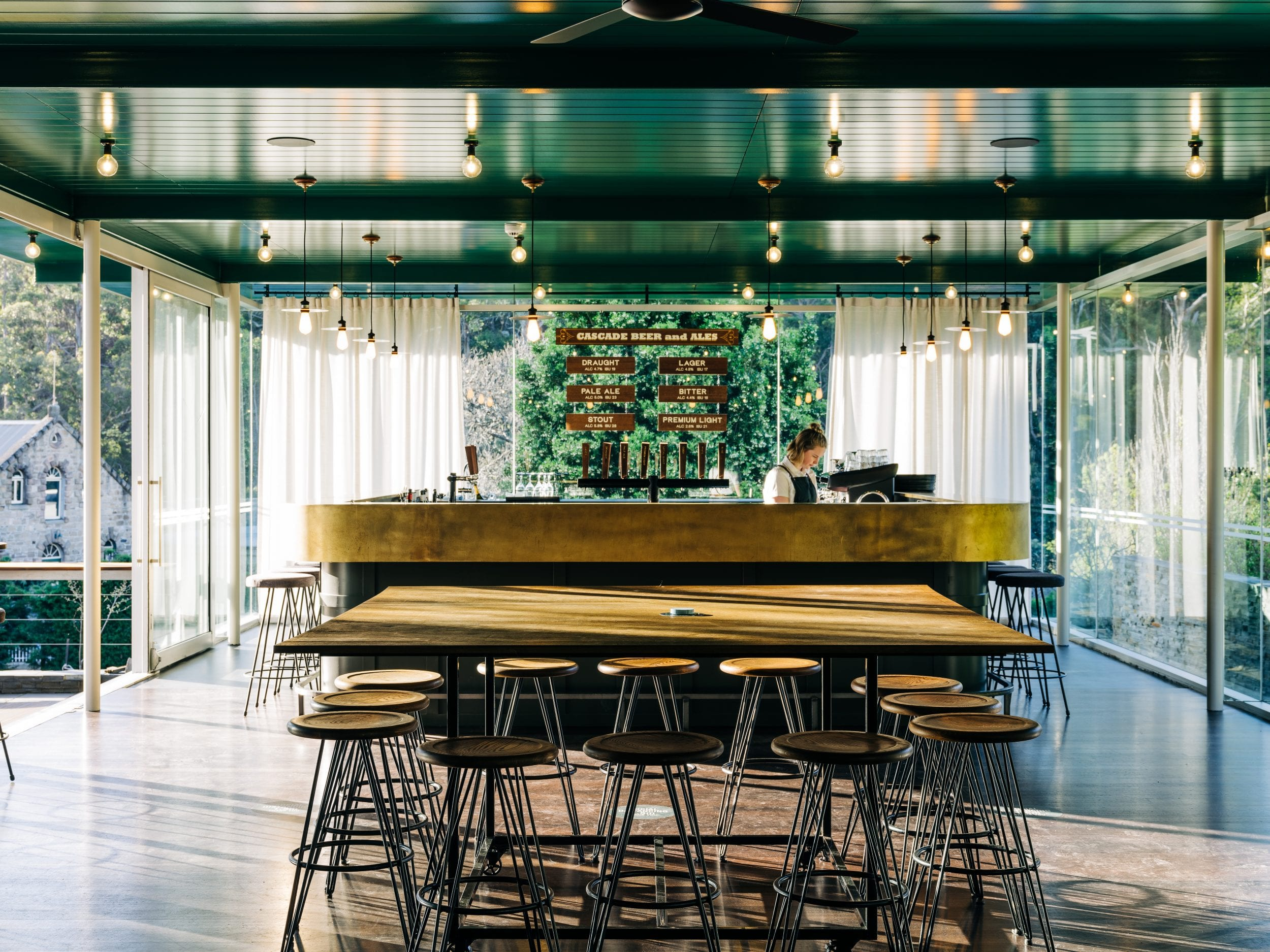 From bay views to beer taps, JAWS Architects uses Tasmanian Oak to tell a local story